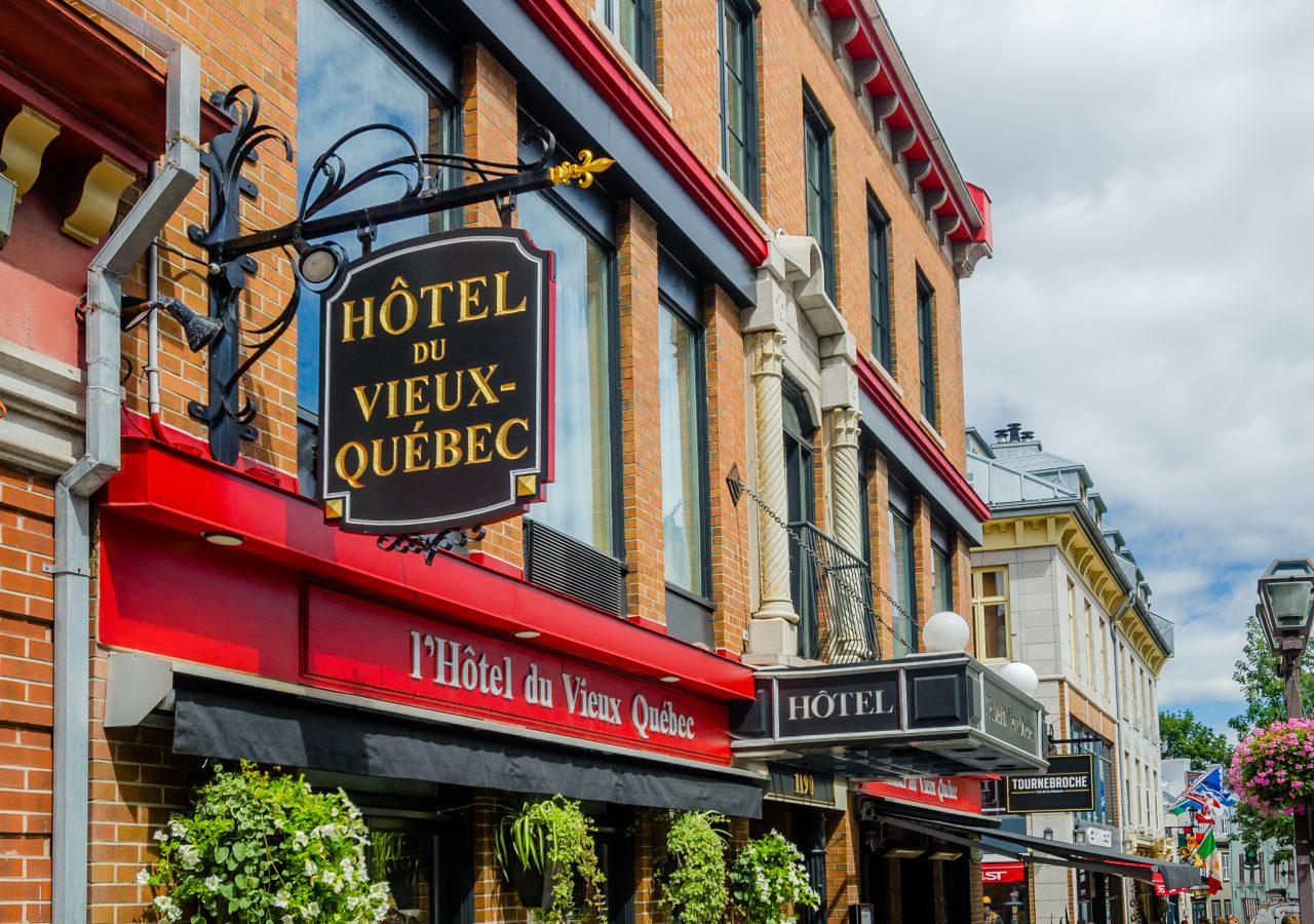 Bonnelly design graphique h tel vieux qu bec for Hotel design quebec